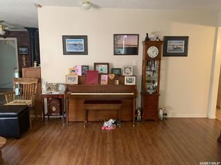 Photo 3: 222 Pine Avenue in Brightsand Lake: Residential for sale : MLS®# SK854618