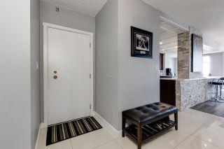 Photo 6: 1704 11710 100 Avenue in Edmonton: Zone 12 Condo for sale : MLS®# E4248208