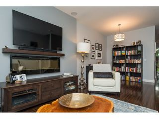 """Photo 4: 8 2929 156 Street in Surrey: Grandview Surrey Townhouse for sale in """"TOCCATA"""" (South Surrey White Rock)  : MLS®# R2214114"""