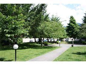 """Photo 5: A308 40100 WILLOW Crescent in Squamish: Garibaldi Estates Condo for sale in """"DIAMOND HEAD APARTMENTS"""" : MLS®# R2037091"""