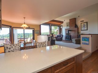 Photo 3: 739 Eland Dr in CAMPBELL RIVER: CR Campbell River Central House for sale (Campbell River)  : MLS®# 766208