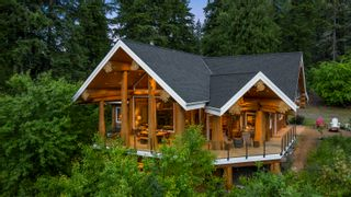 Photo 3: 1897 Blind Bay Road: Blind Bay House for sale (Shuswap Lake)  : MLS®# 10233379