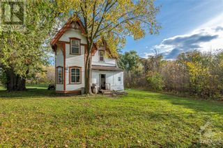 Photo 2: 2800 PIERCE ROAD in North Gower: Agriculture for sale : MLS®# 1215720