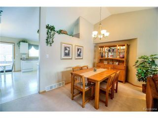 Photo 4: 100 Blackwood Bay in WINNIPEG: Fort Garry / Whyte Ridge / St Norbert Residential for sale (South Winnipeg)  : MLS®# 1500601