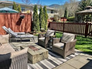 """Photo 19: 29 40632 GOVERNMENT Road in Squamish: Brackendale Townhouse for sale in """"Riverswalk"""" : MLS®# R2576344"""