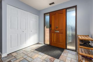 Photo 3: 335 Panorama Cres in : CV Courtenay East House for sale (Comox Valley)  : MLS®# 872608