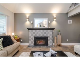 """Photo 3: 18677 61A Avenue in Surrey: Cloverdale BC House for sale in """"EAGLECREST"""" (Cloverdale)  : MLS®# R2426392"""