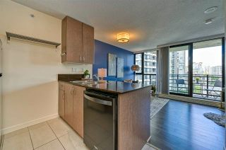 """Photo 6: 1308 909 MAINLAND Street in Vancouver: Yaletown Condo for sale in """"Yaletown Park 2"""" (Vancouver West)  : MLS®# R2590725"""