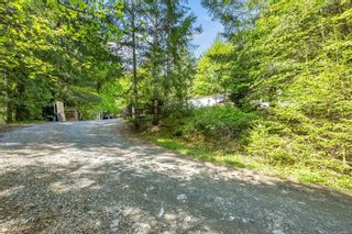 Photo 2: 4560 Cowichan Lake Rd in Duncan: Du West Duncan House for sale : MLS®# 875613