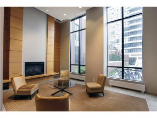 """Photo 8: 1608 909 MAINLAND Street in Vancouver: Yaletown Condo for sale in """"YALETOWN PARK"""" (Vancouver West)  : MLS®# V997068"""