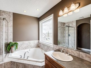 Photo 28: 70 Discovery Ridge Road SW in Calgary: Discovery Ridge Detached for sale : MLS®# A1112667