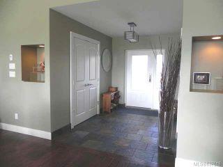 Photo 2: 1385 Zephyr Pl in COMOX: CV Comox (Town of) House for sale (Comox Valley)  : MLS®# 637618