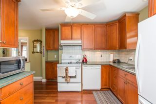 Photo 8: 1925 EIGHTH Avenue in New Westminster: West End NW House for sale : MLS®# R2511644