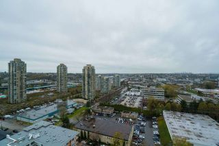 "Photo 1: 2103 2138 MADISON Avenue in Burnaby: Brentwood Park Condo for sale in ""MOSAIC Renaissance"" (Burnaby North)  : MLS®# R2257836"