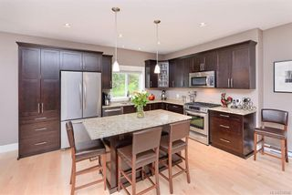 Photo 6: 2014 Hawkins Pl in Highlands: Hi Bear Mountain House for sale : MLS®# 838746
