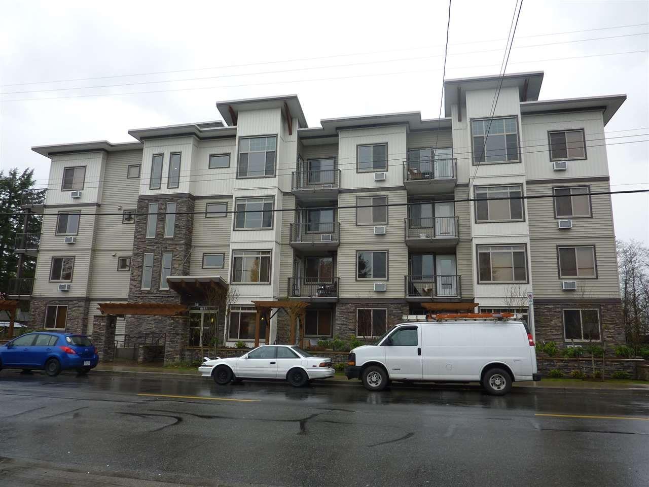 "Main Photo: 216 11887 BURNETT Street in Maple Ridge: East Central Condo for sale in ""WELLINGTON STATION"" : MLS®# R2119393"