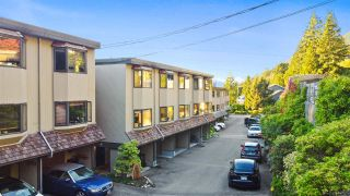 Photo 2: 430 CROSSCREEK Road: Lions Bay Townhouse for sale (West Vancouver)  : MLS®# R2504347