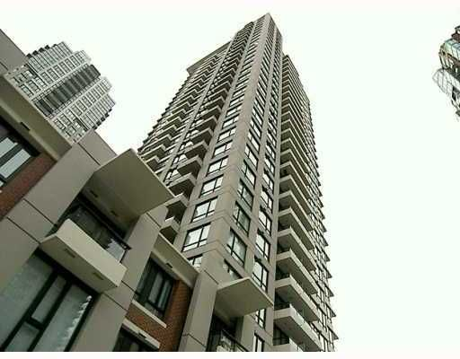 """Main Photo: 903 928 HOMER Street in Vancouver: Downtown VW Condo for sale in """"YALETOWNPARK TOWER 1"""" (Vancouver West)  : MLS®# V718427"""