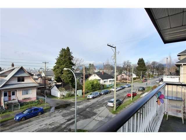 Main Photo: # 302 1611 E 3RD AV in Vancouver: Grandview VE Condo for sale (Vancouver East)  : MLS®# V1055361