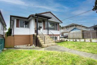 Photo 1: 220 E 58TH Avenue in Vancouver: South Vancouver House for sale (Vancouver East)  : MLS®# R2530321