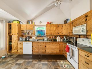 Photo 4: 2419 E Island Hwy in : PQ Nanoose House for sale (Parksville/Qualicum)  : MLS®# 876514