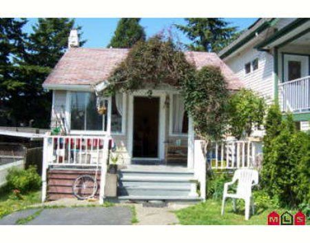 Main Photo: 923 LEE ST: House for sale (White Rock)  : MLS®# 2412100