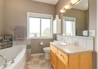 Photo 15: 179 Sierra Morena Landing SW in Calgary: Signal Hill Semi Detached for sale : MLS®# A1147981