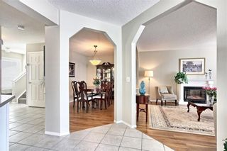 Photo 9: 215 CITADEL Drive NW in Calgary: Citadel Detached for sale : MLS®# C4303372