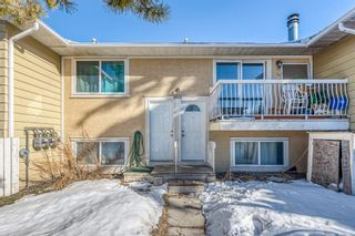 Main Photo: C 1411C 44 Street SE in Calgary: Forest Lawn Row/Townhouse for sale : MLS®# A1117828