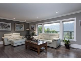 Photo 12: 8697 GRAND VIEW Drive in Chilliwack: Chilliwack Mountain House for sale : MLS®# R2577833