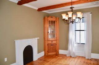 Photo 9: 105 Townsend Street in Lunenburg: 405-Lunenburg County Residential for sale (South Shore)  : MLS®# 202122372