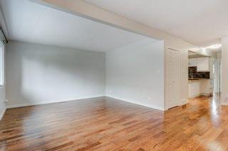 Photo 5: 3811 43 Street SW in Calgary: Glenbrook Semi Detached for sale : MLS®# C4267535