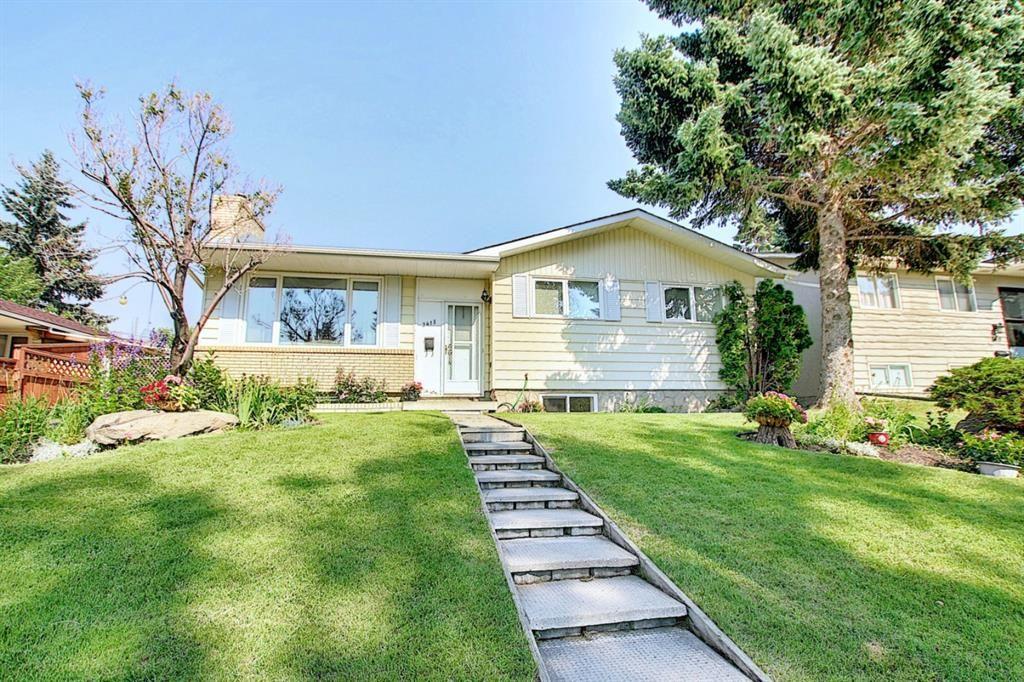 Main Photo: 2415 Vista Crescent NE in Calgary: Vista Heights Detached for sale : MLS®# A1144899