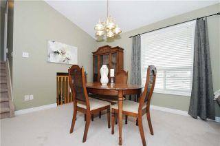 Photo 18: 103 Daiseyfield Avenue in Clarington: Courtice House (Backsplit 4) for sale : MLS®# E3256555