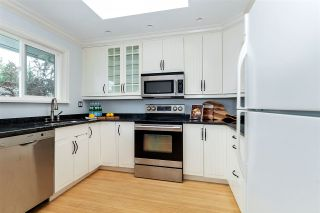 Photo 5: 669 E KINGS Road in North Vancouver: Princess Park House for sale : MLS®# R2408586