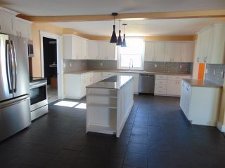 Photo 5: 2196 Lakewood Road in Upper Dyke: 404-Kings County Residential for sale (Annapolis Valley)  : MLS®# 202014768