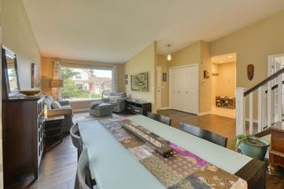Photo 12: 104 Stratton Hill Rise SW in Calgary: Strathcona Park Detached for sale : MLS®# A1120413
