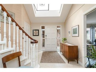"""Photo 11: 2 1640 148 Street in Surrey: Sunnyside Park Surrey Townhouse for sale in """"ENGLESEA COURT"""" (South Surrey White Rock)  : MLS®# R2486091"""