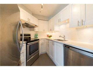 "Photo 9: PH22 2175 W 3RD Avenue in Vancouver: Kitsilano Condo for sale in ""SEA BREEZE"" (Vancouver West)  : MLS®# V1140855"