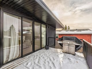 Photo 18: 5327 Carney Road NW in Calgary: Charleswood Detached for sale : MLS®# A1049468