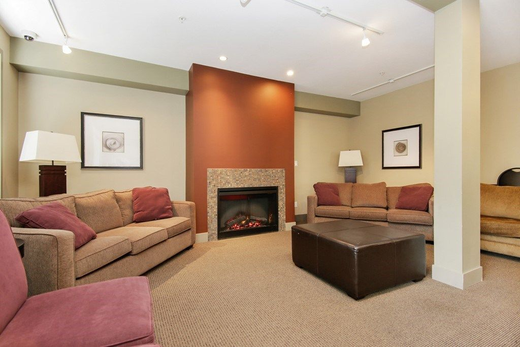 """Photo 21: Photos: 107 33318 E BOURQUIN Crescent in Abbotsford: Central Abbotsford Condo for sale in """"Natures Gate"""" : MLS®# R2499999"""