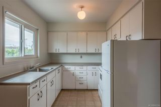 Photo 6: 621 Constance Ave in Esquimalt: Es Esquimalt Quadruplex for sale : MLS®# 842594