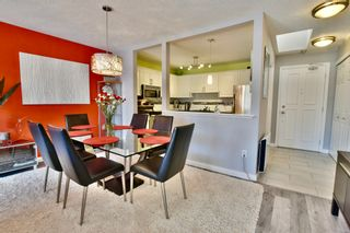 """Photo 7: 312 1840 E SOUTHMERE Crescent in Surrey: Sunnyside Park Surrey Condo for sale in """"SOUTHMERE MEWS WEST"""" (South Surrey White Rock)  : MLS®# R2443327"""