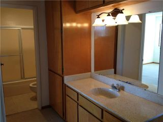 Photo 10: PACIFIC BEACH Condo for sale : 2 bedrooms : 1225 Pacific Beach Drive #4b in San Diego