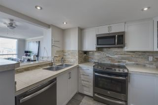 "Photo 11: PH3 828 AGNES Street in New Westminster: Downtown NW Condo for sale in ""WESTMINSTER TOWERS"" : MLS®# R2361810"