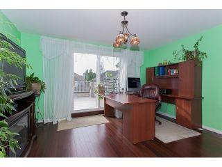 "Photo 14: 73 5811 122 Street in Surrey: Panorama Ridge Townhouse for sale in ""Lakebridge"" : MLS®# R2045411"