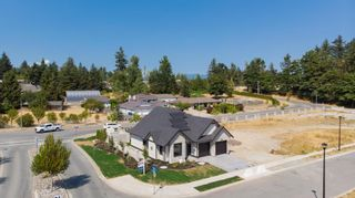 """Photo 36: 29559 CORVINA Court in Abbotsford: Aberdeen House for sale in """"The Vine at Pepin Brook"""" : MLS®# R2607468"""