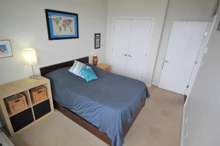 """Photo 7: 2003 280 ROSS Drive in New Westminster: Fraserview NW Condo for sale in """"THE CARLYLE"""" : MLS®# R2278422"""