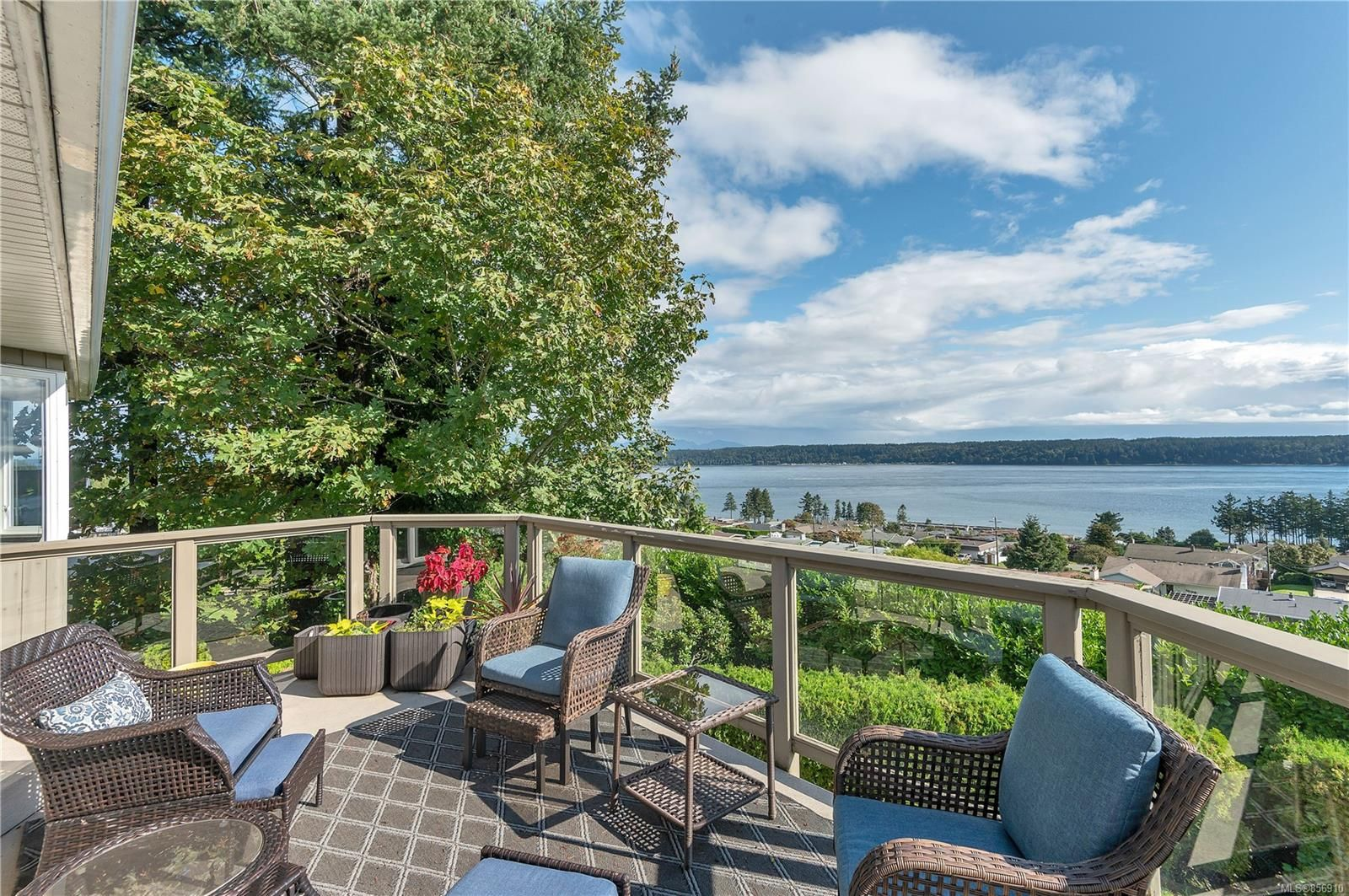 Photo 19: Photos: 215 S Alder St in : CR Campbell River Central House for sale (Campbell River)  : MLS®# 856910