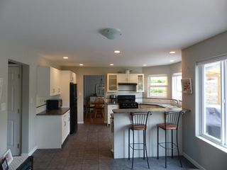 Photo 4: 5914 Kennedy Street in Summerland: House for sale : MLS®# 166537